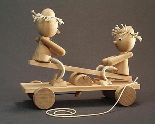Механические игрушки своими руками фото